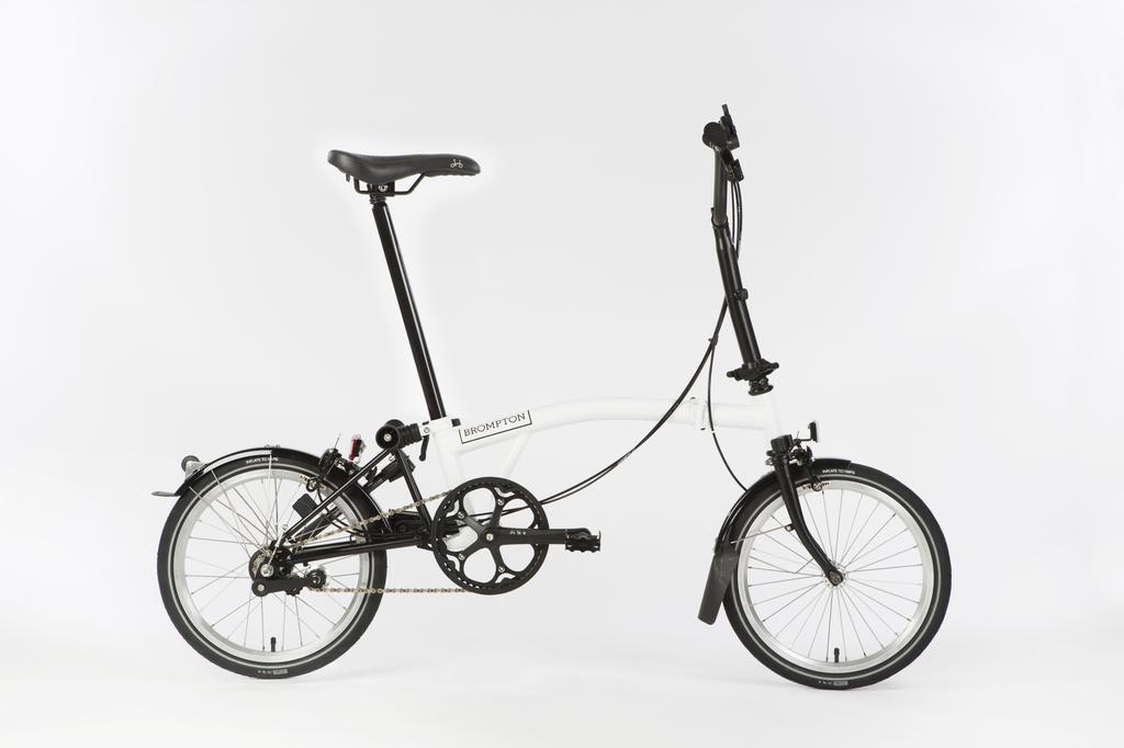 Bicicleta pliabila Brompton New Black Edition H6L/WH/BK
